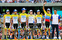 MEDELLIN - COLOMBIA, 10-02-2019: Equipo Coldeportes Bicicletas Strongman durante la presentación oficial de equipos que participarán en el Tour Colombia 2.1 2019. / Team Coldeportes Bicicletas Strongman during the presentation of the whole teams that participate inthe Tour Colombia 2.1 2019   Photo: VizzorImage / Anderson Bonilla / Cont