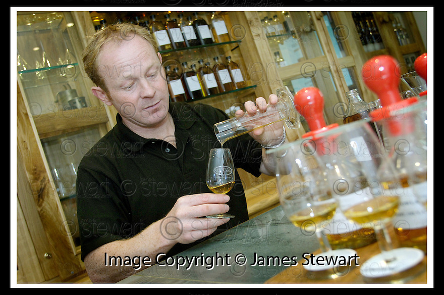 22/09/2006       Copyright Pic: James Stewart.File Name :sct_jspa06_glengoyne.ROBBIE HUGHES, DISTILLERY MANAGER, GLENGOYNE DISTILLERY, DUMGOYNE, IN THE BLENDING ROOM....Payments to :.James Stewart Photo Agency 19 Carronlea Drive, Falkirk. FK2 8DN      Vat Reg No. 607 6932 25.Office     : +44 (0)1324 570906     .Mobile   : +44 (0)7721 416997.Fax         : +44 (0)1324 570906.E-mail  :  jim@jspa.co.uk.If you require further information then contact Jim Stewart on any of the numbers above.........