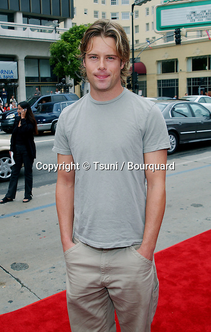 "Brad Rowe arriving at the premiere of "" Scooby Doo "" at the Chinese Theatre in Los Angeles. June 8, 2002.           -            RoweBrad01.jpg"