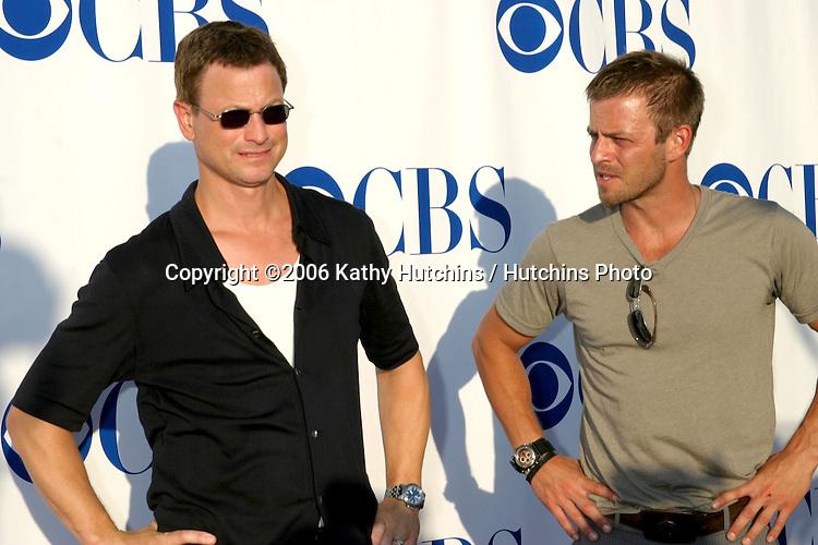 Gary Sinise & Carmine Giovinazzo.CBS TCA Party.Padadena, CA.July 15, 2006.©2006 Kathy Hutchins / Hutchins Photo....