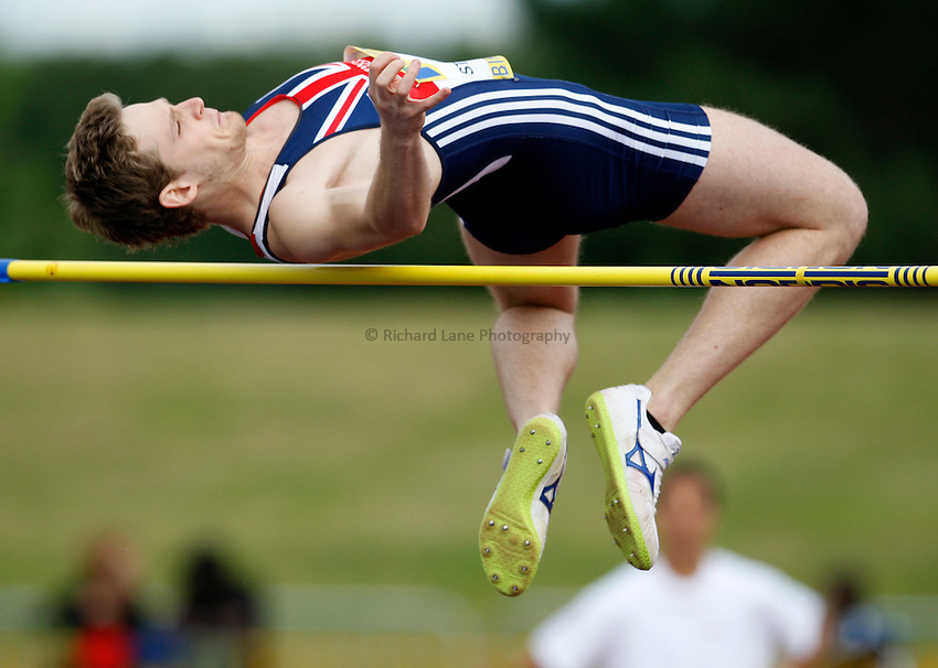 Photo: Richard Lane/Richard Lane Photography. Aviva National Championships, Incorporating the Team GB Selection Trials, Birmingham. 13/07/2008. Nick Stanisavijevic in the men's high jump.