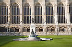 King's College chapel and fountain in  Front Court, Cambridge university, Cambridgeshire, England