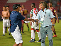 IBAGUE - COLOMBIA, 20-05-2018:Alberto Gamero director técnico del Tolima.Acción de juego entre los equipos Deportes Tolima y Once Caldas  durante partido de vuelta por los cuartos de final de la Liga Águila I 2018 jugado en el estadio Manuel Murillo Toro de la ciudad de Ibagué. / Alberto Gamero coach of Deportes Tolima. Action game between  Deportes Tolima and Once Caldas  during second leg match for the quarterfinals of the Aguila League I 2018 played at Manuel Murillo Toro in Ibague city. VizzorImage / Juan Carlos Escobar / Cont