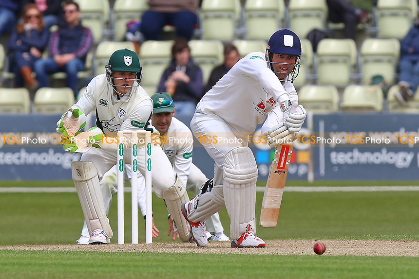 Alastair Cook in batting action for Essex as Ben Cox looks on from behind the stumps during Worcestershire CCC vs Essex CCC, Specsavers County Championship Division 2 Cricket at New Road on 1st May 2016