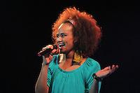GUARUJA, SP, 08 DE JANEIRO 2012. VERAO SHOW GUARUJA- A cantora Luciana Mello, em participacao no show da cantora Ivete Sangalo, no Verao Show do Guaruja, no Ginasio Guaibe, no Guaruja, na noite deste sabado, 7. FOTO MILENE CARDOSO - N
