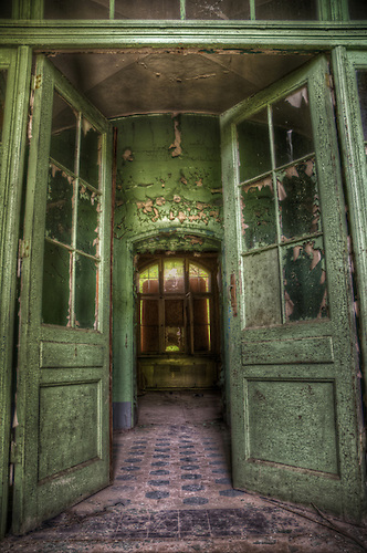 Beelitz Heilstätten in May