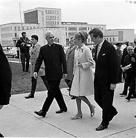 Visite du Prince Albert de Belgique et son epouse Paola<br /> , mai 1967 (entre le 8 et le 14 mai, date exacte inconnue)<br /> <br /> Photo : Agence Quebec Presse