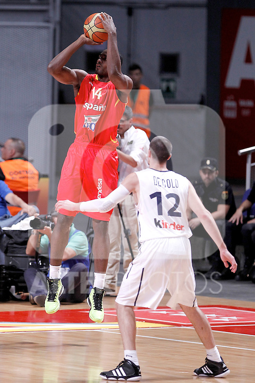 Spain's Serge Ibaka  and France's Ronny Turiaf during friendly match.July 9,2012.(ALTERPHOTOS/Alconada)