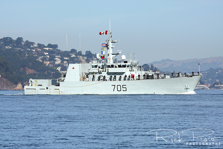 Canadian Navy Kingston class patrol Vessel HMCS Whitehorse (MM 705) sails across the San Francisco Bay during the 2010 Fleet Week Parade of Ships. HMCS Whitehorse is assigned to Maritime Forces Pacific (MARPAC) and is homeported at CFB Esquimalt.