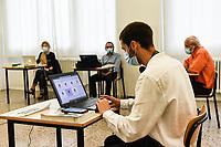 Esami di Maturità 2020 studenti all'Itis Benedetto Castelli durante la prova orale, unica prova della maturità Brescia 17/06/2020 Maturity exams 2020 students at the Benedetto Castelli High School during the oral exam, the only exam of the maturity Brescia 17/06/2020