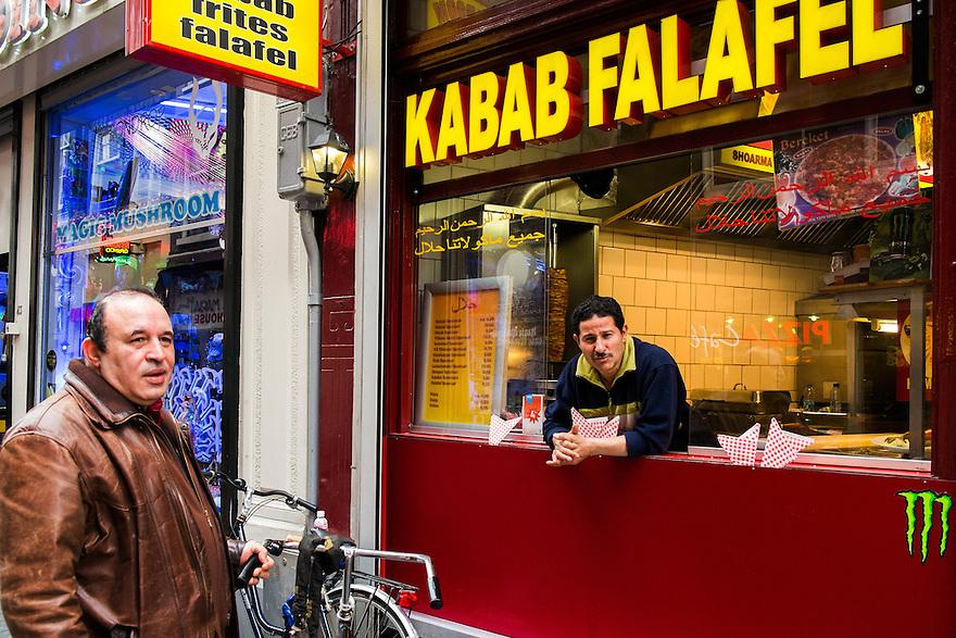 Nederland, Amsterdam, 7 mei 2013<br /> Kabab en schwarmazaak op Nieuwendijk.<br /> <br /> Foto(c): Michiel Wijnbergh