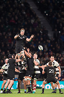 Twickenham, Surrey. England.  All Black Sam CANE, distributes the gathered line out ball to Rawwra KERR-BARLOW, during the Killik Cup, Barbarians vs New Zealand. Twickenham. UK<br /> <br /> Saturday  04.11.17<br /> <br /> [Mandatory Credit Peter SPURRIER/Intersport Images]