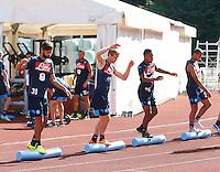 pesi e equiibrismo per i calciatori<br /> ritiro precampionato Napoli Calcio a  Dimaro 18 Luglio 2015<br /> <br /> Preseason summer training of Italy soccer team  SSC Napoli  in Dimaro Italy July 18, 2015