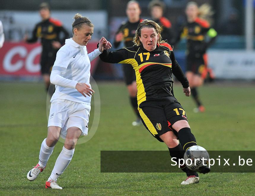 France U19 - Belgium U19 : .Faustine Robert (links) en Lucinda Michez (rechts).foto DAVID CATRY / Nikonpro.be