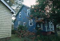 1992 October 07..Conservation.Cottage Line..PROGRESS.BEFORE REHAB.EXTERIOR FRONT NORTHWEST CORNER.9520 CHESAPEAKE STREET...NEG#.NRHA#..