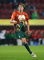 FUSSBALL   1. BUNDESLIGA  SAISON 2012/2013   7. Spieltag FC Augsburg - Werder Bremen          05.10.2012 Sebastian Proedl (SV Werder Bremen)