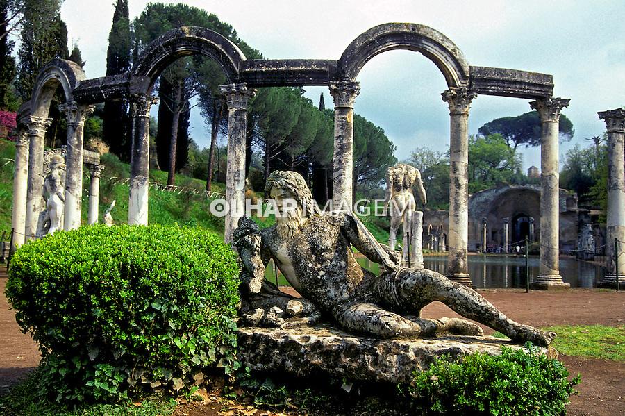Vila Adriana em Tivoli. Itália. 1999. Foto de Vinicius Romanini.