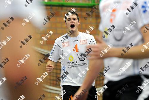 2012-10-21 / Volleybal / Seizoen 2012-2013 / Herenthout / Jelle Perremans..Foto: Mpics.be