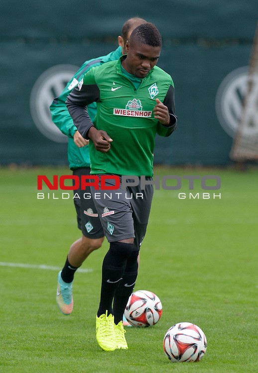 26.09.2014, Trainingsgelaende, Bremen, GER, 1.FBL, Training Werder Bremen, im Bild C&eacute;dric Makiadi (Bremen #6)<br /> <br /> Foto &copy; nordphoto / Frisch