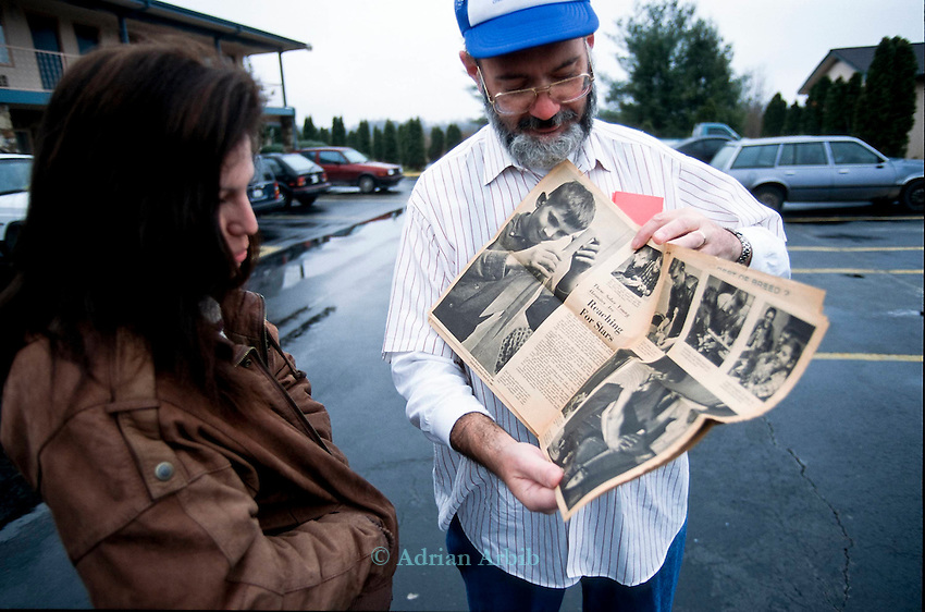 Paul Esterlee at the  Best Western Inn in Manchester Tennessee  showing a magazine featuring himself making a rocket when he was 16 years old.