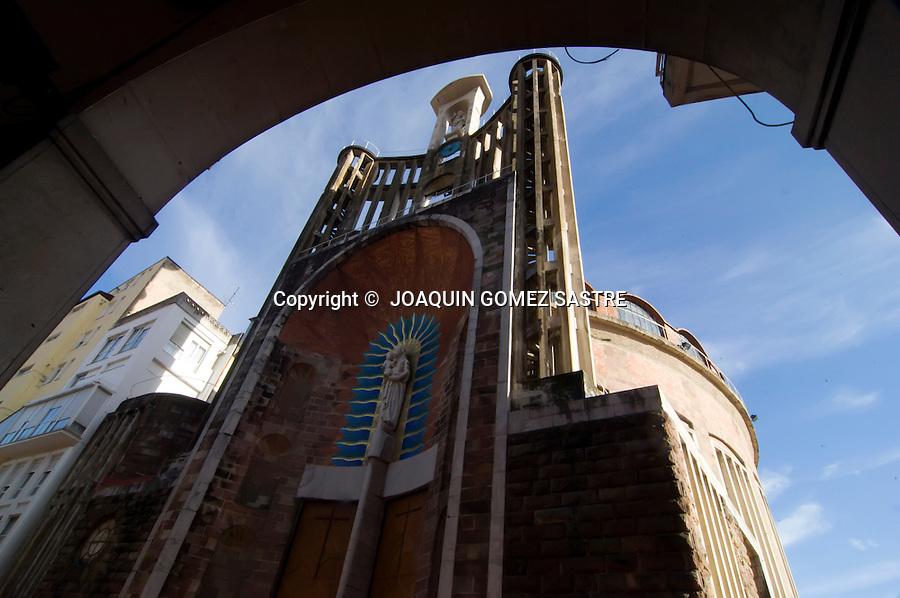 . Vista exterior de la Iglesia de San Jose Obrero o de La Virgen Grande en TORRELAVEGA..foto JOAQUIN GOMEZ SASTRE©