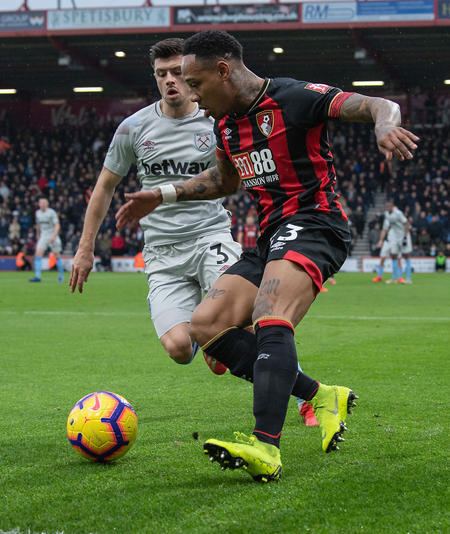 West Ham United's Aaron Cresswell (left) vies for possession with Bournemouth's Nathaniel Clyne (right) <br /> <br /> Photographer David Horton/CameraSport<br /> <br /> The Premier League - Bournemouth v West Ham United - Saturday 19 January 2019 - Vitality Stadium - Bournemouth<br /> <br /> World Copyright &copy; 2019 CameraSport. All rights reserved. 43 Linden Ave. Countesthorpe. Leicester. England. LE8 5PG - Tel: +44 (0) 116 277 4147 - admin@camerasport.com - www.camerasport.com