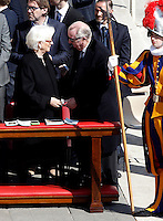 I Reali del Belgio Paola e Alberto II alla messa di Pasqua celebrata da Papa Francesco in Piazza San Pietro, Citta' del Vaticano, 27 marzo 2016.<br /> Belgium's Queen Paola and King Albert II attend the Easter Mass celebrated by Pope Francis in St. Peter's Square, Vatican, 27 March 2016.<br /> UPDATE IMAGES PRESS/Isabella Bonotto<br /> <br /> STRICTLY ONLY FOR EDITORIAL USE<br /> <br /> *** ITALY AND GERMANY OUT ***