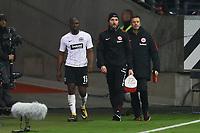 Jetro Willems (Eintracht Frankfurt) verletzt - 03.11.2017: Eintracht Frankfurt vs. SV Werder Bremen, Commerzbank Arena