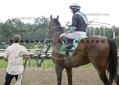 Lisa's Booby Trap, Kent Desormeaux rides, Tim Snyder trains, at Saratoga for the Loudonville on 8.6.10