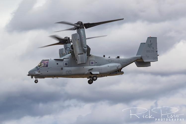 A USMC Bell V-22 Osprey of VMM-161 of the 3rd Marine Aircraft Wing in flight at Hillsboro, Oregon