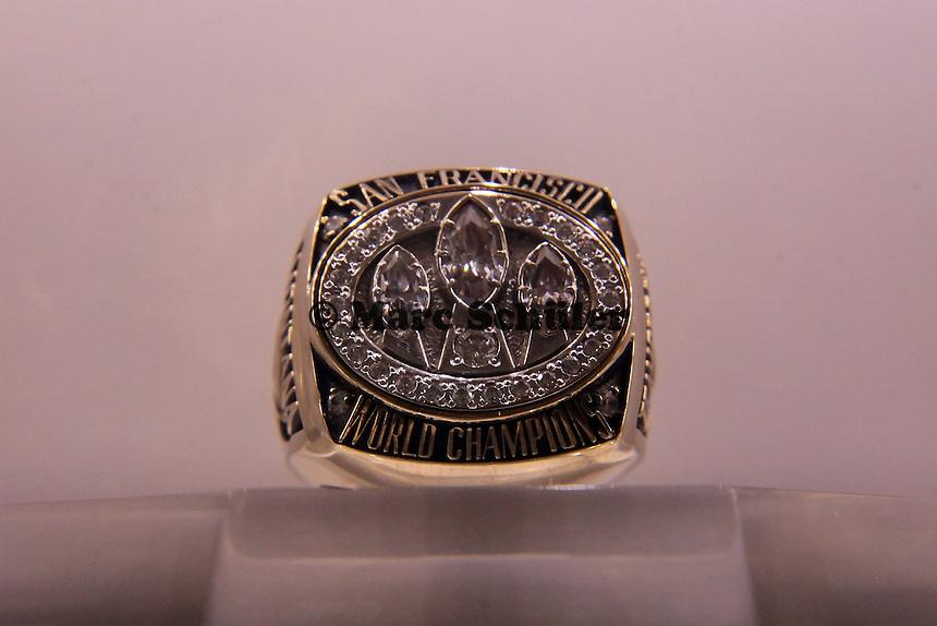Super Bowl Ringe der einzelnen Siegerteams: XXIII San Francisco 49ers - 1988