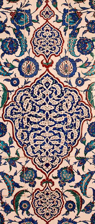 Iznik 04 - Floral Iznik tile panel in the mausoleum of Sultan Mustafa I and Sultan Ibrahim, Aya Sofya, Sultanahmet, Istanbul, Turkey