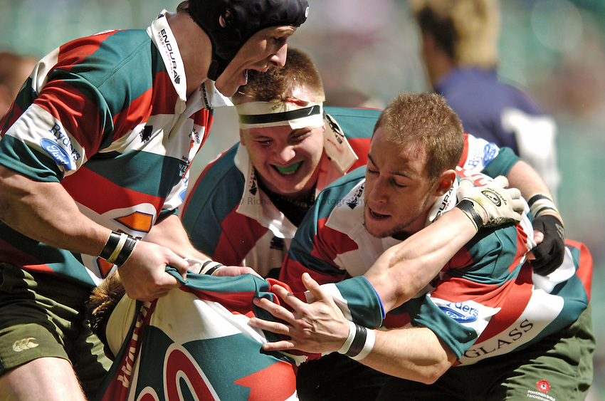 Photo. Jed Wee..Bristol Shoguns v Waterloo Drummers, Powergen Challenge Shield, Twickenham, London. 17/04/2004..Waterloo's Freeman Payne, David Blythe and Gareth Davies (L to R).