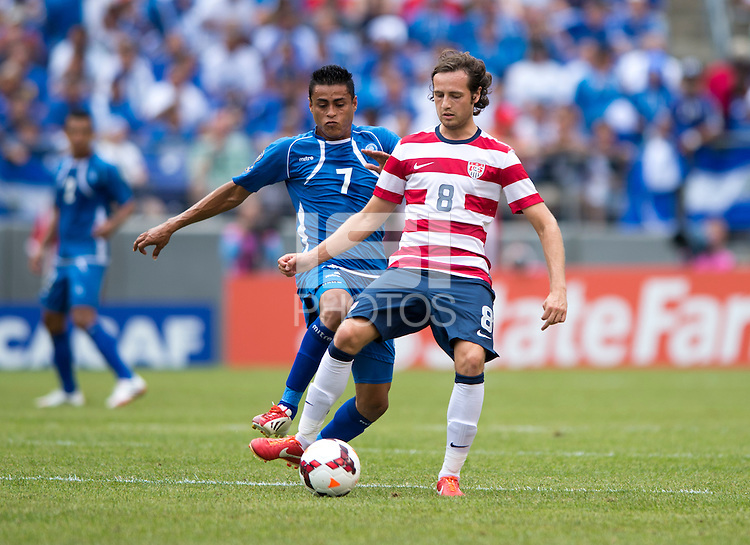 Mix Diskerud, Darwin Ceren Delgado.  The United States defeated El Salvador, 5-1, during the quarterfinals of the CONCACAF Gold Cup at M&T Bank Stadium in Baltimore, MD.