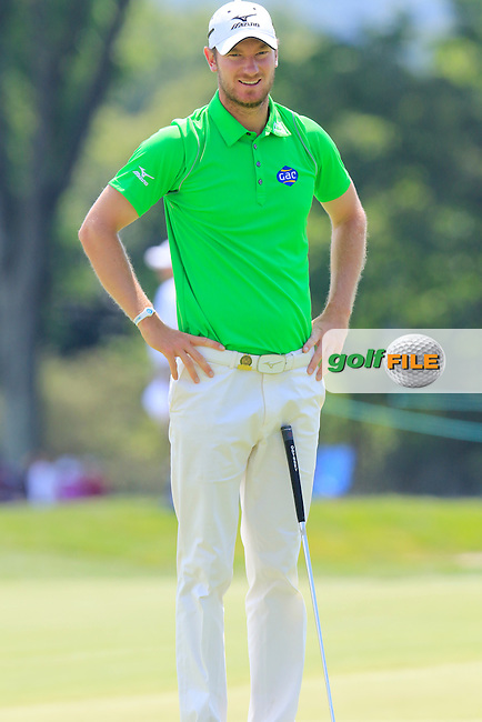 Chris Wood (ENG) on the 9th green during Wednesday's Practice Day of the 2016 U.S. Open Championship held at Oakmont Country Club, Oakmont, Pittsburgh, Pennsylvania, United States of America. 15th June 2016.<br /> Picture: Eoin Clarke | Golffile<br /> <br /> <br /> All photos usage must carry mandatory copyright credit (&copy; Golffile | Eoin Clarke)