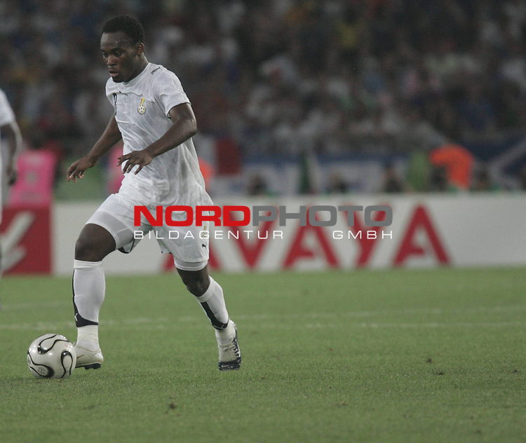 FIFA WM 2006 -  Gruppe E  Vorrunde ( Group E )<br /> Play #9 (12-Jun) - Italy vs Ghana 2:0<br /> <br /> Michael Essien #8 <br /> <br /> Foto &copy; nordphoto