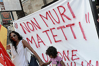 "Roma, 20 Giugno 2015<br /> Giornata internazionale del rifugiato<br /> Manifestazione al Colosseo ""Fermiamo la strage subito""<br /> per chiedere diritti per tutti,  e che vengano protette le persone,  non i confini.<br /> Rome, 20 June 2015<br /> International Day of Refugees<br /> Event at the Colosseum ""Stop the massacre immediately""<br /> ask for rights for all, and that people are protected, not the borders."