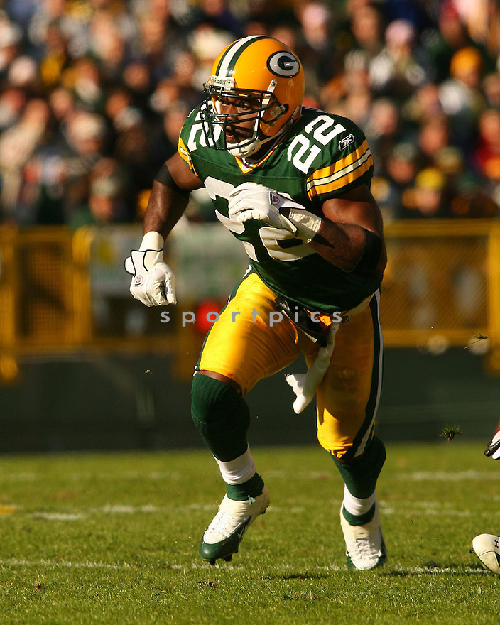 MARQUAND MANUEL, of the Green Bay Packers ,during their game against  the New England Patriots on Novmeber 19, 2006 in Green Bay , WI...Patriots win 35-0..Kevin Tanaka / SportPics
