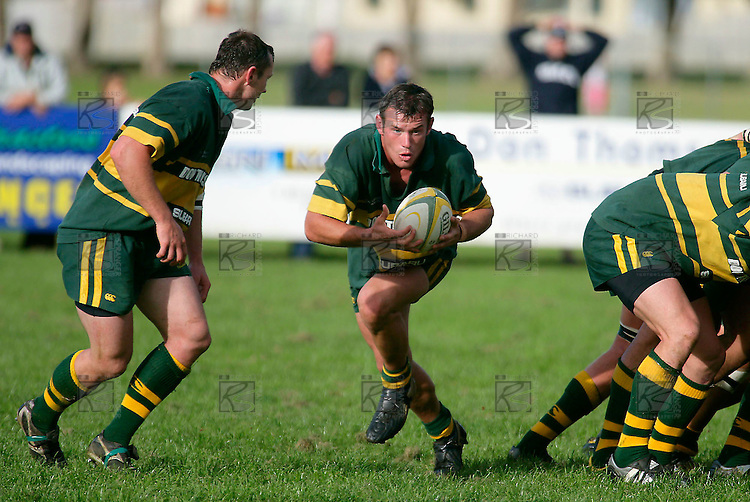 The 2 Farrell brothers  look to work their magic from the base of a scrum. Counties Manukau Premier Club Rugby, Pukekohe v Manurewa  played at the Colin Lawrie field, on the 17th of April 2006. Manurewa won 20 - 18.