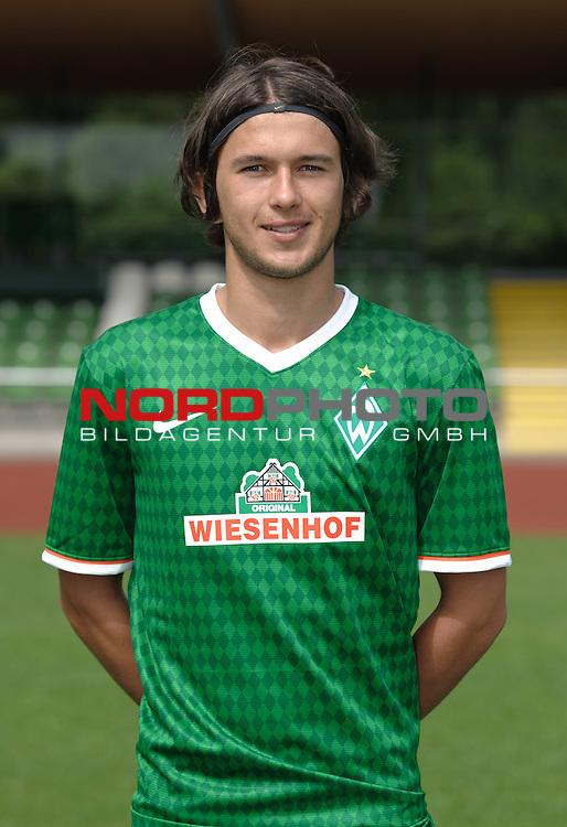 19.07.2013, Platz 11, Bremen, GER, RLN, Mannschaftsfoto Werder Bremen II, im Bild Julian von Haacke (Bremen #13)<br /> <br /> Foto &copy; nph / Frisch