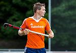 DEN HAAG - Floris Wortelboer tijdens  de trainingswedstrijd hockey Nederland-Argentinie (1-2). COPYRIGHT KOEN SUYK