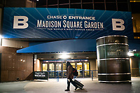 NEW YORK, NY - MARCH 13: External view of the Madison Square Garden as New York Is Shutting Down all Gatherings Over 500 People due to Coronavirus in New York on March 13, 2020. in New York City. President Donald Trump declared a national state of emergency on Friday, More than 1,600 people have tested positive for the new coronavirus and 41 have died since the first case was reported in January. (Photo by Eduardo Munoz/ VIEWpress via Getty Images)
