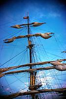Tall Ship, Brig, Schooner, Main Mast, Vertical, Southern California, Santa Monica Bay, South Bay, SoCal, Motor Boating, Power Yachts, Transportation