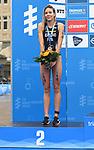 06.07.2019,  Innenstadt, Hamburg, GER, Hamburg Wasser World Triathlon, Elite Frauen, im Bild die  Zweitplatzierte Cassandre Beaugrand (FRA) bei der Siegerehrung Foto © nordphoto / Witke *** Local Caption ***