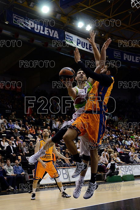 Dubljevic vs Shengelia<br /> Euroleague - 2014/15<br /> Regular season Round 4<br /> Valencia Basket vs Laboral Kutxa Vitoria