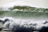 USA, Hawaii, Oahu,  huge breaking waves in ocean at Waimea Bay, North Shore
