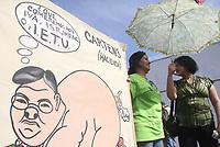 Integrantes del Sindicato Mexicano de Telefonistas de la Repœblica Mexicana (STRM) marcharon  a el centro de gobierno en apoyo a Luz y Fuerza del centro del pais y el alza de los  impuestos del ISR, IVA IETU entre otros