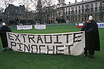 Augusto Pinochet Extradite dictator back to Chile. Anti Pinochet demonstration Parliament square London England 1999 1990s UK
