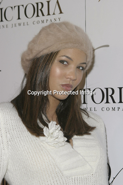 Taryn Cox<br />Grand opening of Victoria Jewels<br />Victoria Jewels<br />Beverly Hills, CA, USA <br />Thursday, December 11, 2003 <br />Photo By Celebrityvibe.com /Photovibe.com