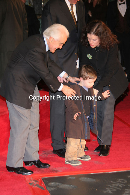 Kirk Douglas &amp; Jack Valenti<br />